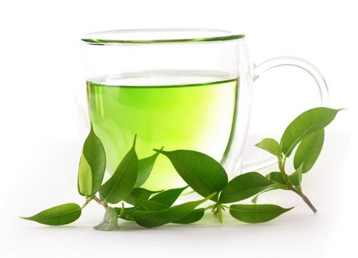 Green Tea: family, products, uses, clinical evidence, dosage, side effects, interactions